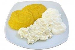 Mămăliguță cu smântână și brânză image