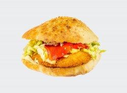 Sandwich șnițel de pui