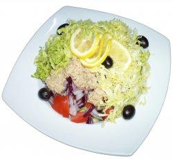 Salată de ton image