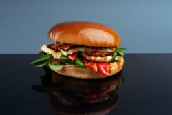 Holly burger (vegetarian) image