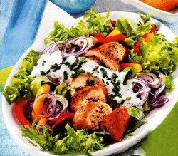 Salată italiană cu pui image