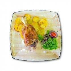 Stinco (ciolan) și cartofi prăjiți image