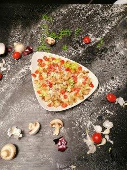Salată Caesar cu pui image