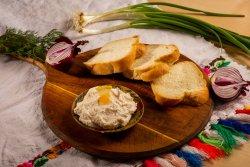 30% Reducere Salată de icre + Pâine de casă  image