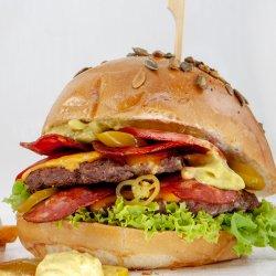 Burgerul Bronzat (guacamole)  image