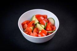 Salata de rosii image