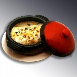 Clatite cu pui, ciuperci si sos de smantana / Pancakes with chicken meat. Mushrooms, sourcream and parmeggiano image
