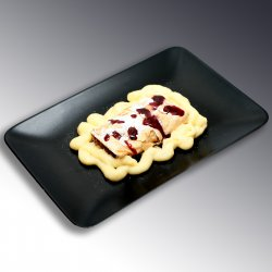 Strudel de mere cu crema de vanilie / Apple strudell image