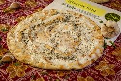 Lipie libaneza caldă cu mentă și usturoi image