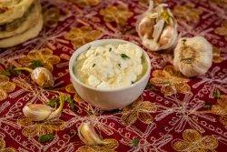 Pastă de usturoi image