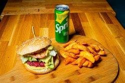 Burger vegetarian+cartofi prăjiți+doză suc image