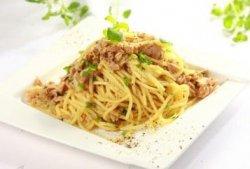 Spaghete con tonno image
