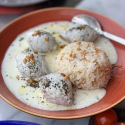 Kebe în sos de iaurt cu garnitură de orez basmati  image