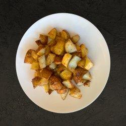 Cartofi noi la cuptor image