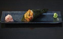 Temaki Spicy Salmon image