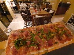 Pizza Prociutto Crudo  image