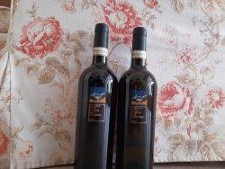 vin Greco di tufo,Italia image