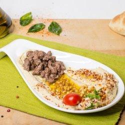 Hummus cu carne si muguri pin image