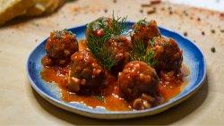 Chifteluțe de porc marinate image