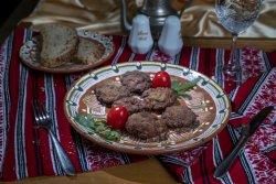 Chiftele/Meatballs image