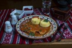 """Ostropel de pui cu mămăiguță/Chicken """"ostropel"""" with polenta  image"""