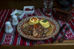 Saramură de pui cu mămăliguță/Chicken brine with polenta  image