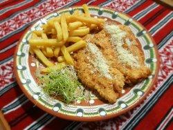 Șnițel parizian din piept de pui cu cartofi prăjiți/Parisian schnitzel (Chicken breast) with French fries image