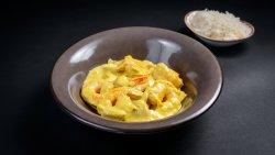 Creveți în sos curry cu orez basmati  image
