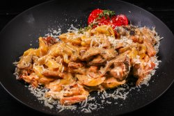 30% REDUCERE: Tortellini Prosciutto Funghi  image