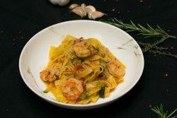 Tagliatelle ai zucchini e gamberetti image