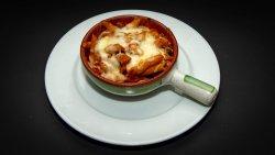 Pasta Bolognese al forno image