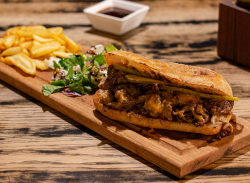 Meniu Cheesesteak Sandwich
