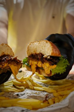 Cheeseburger by Food of Bucharest image