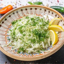 Salata de varza alba cu marar image