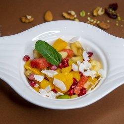 Salata de fructe image
