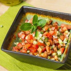 Salată orientală cu mentă image