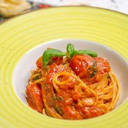 Spaghetti Cherry e basilico image