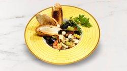 Cacciucco - supa de fructe de mare image