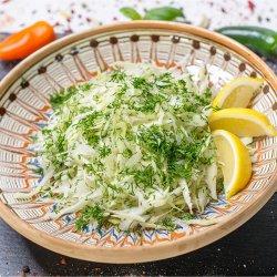 Salată varză albă cu mărar image