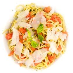Spaghetti cu pesto de busuioc image