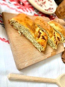Plăcintă cu brânză și mărar image