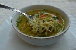 Supa de pui cu tăiței