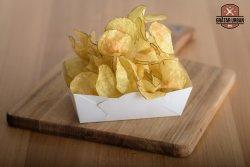 Chipsuri reci din cartofi proaspeți image