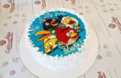 """Tort """"Angry Birds"""""""