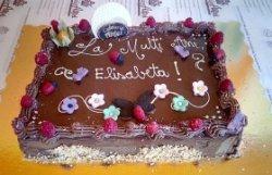 Tort festiv de ciocolată