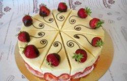 Tort Frasier cu vanilie și căpșuni