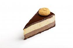 Biscuit Cream Cake image