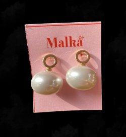 Short Pearl Earings image