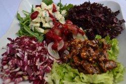 Mix de Salată cu gorgonzolla și nuci image