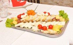 Nr. 03: Platou de brânzeturi pentru 4 persoane